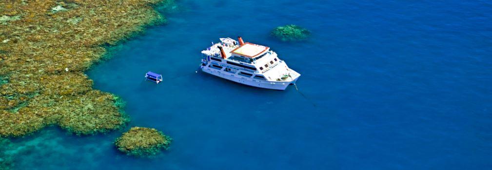 Cairns liveaboard