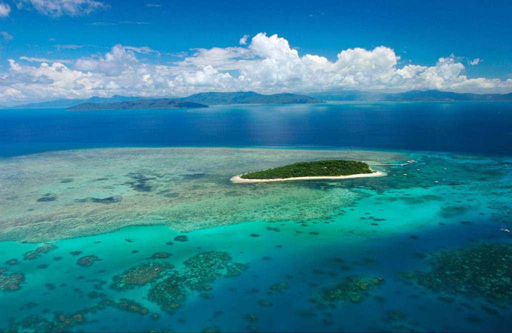 Great Barrier Reef and Green Island Adventure