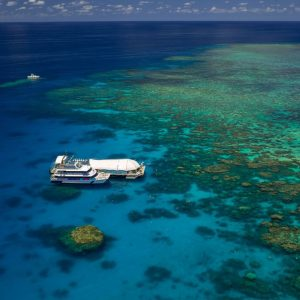 Great Barrier Reef and Green Island Tour