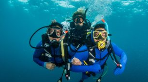 Introductory scuba diving Great Barrier Reef